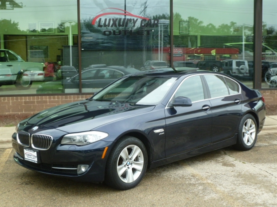2012 BMW 5-Series 528i xDrive AWD